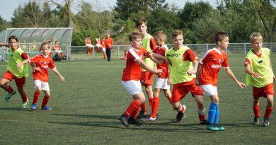 Młodzicy wygrywają szósty kolejny mecz
